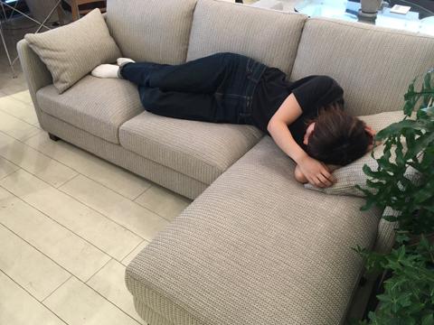 sofa04.jpg