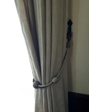 curtainF5.jpg