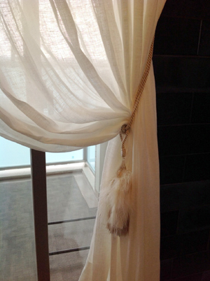 curtainM12.jpg