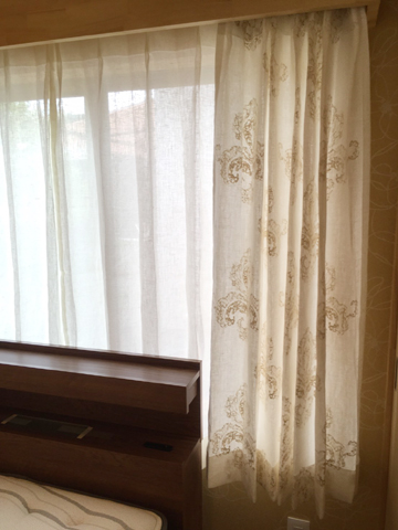 curtain08.jpg