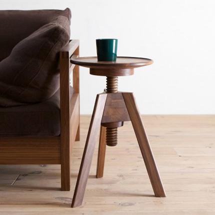 stool02.jpg