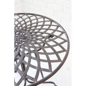 ガーデンテーブル アップ.jpgのサムネイル画像